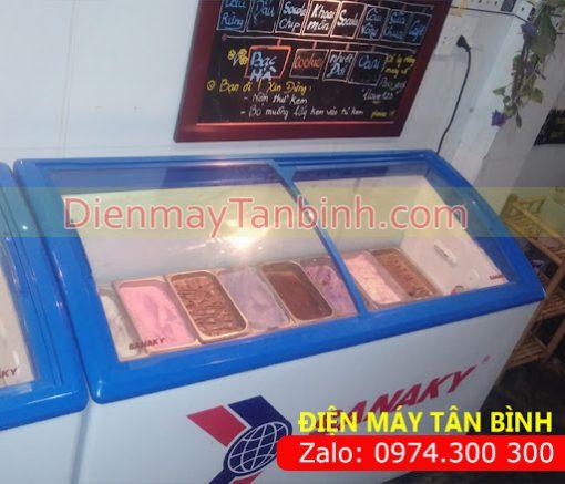 Tủ đông kem sanaky kính cong
